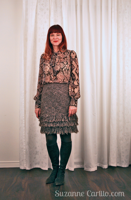 How to wear snakeskin print and fringe.