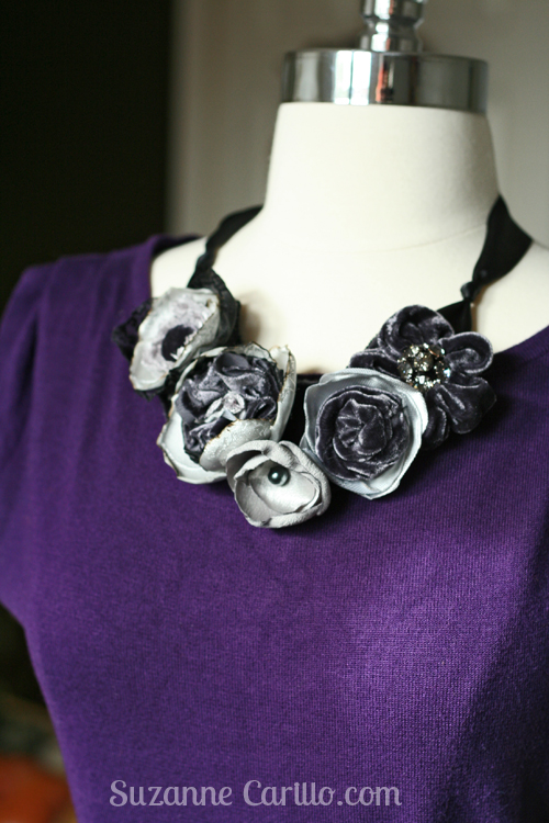 Win a free statement necklace by subscribing to my blog.