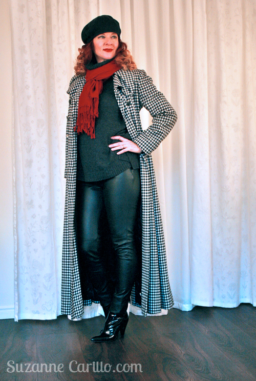 how to style a red scarf