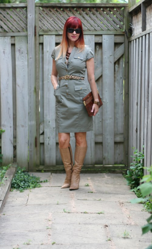 How to wear a fitted sheath dress over 40