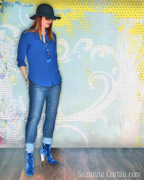 monochromatic look in blue women over 40 style