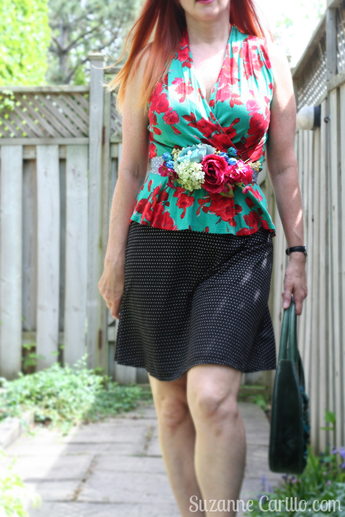 handmade DIY floral belt with floral top fashion for women over 40 suzanne carillo