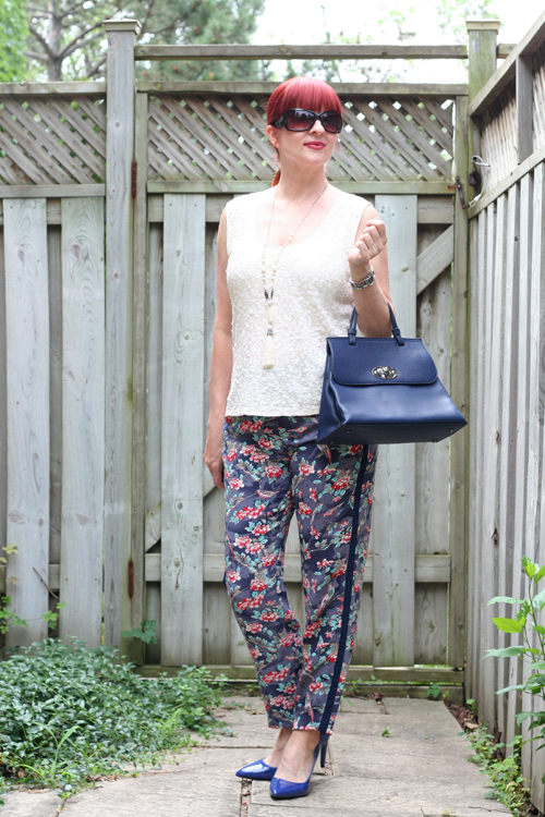 how to wear anthropologie patterned pants over 40 suzanne carillo
