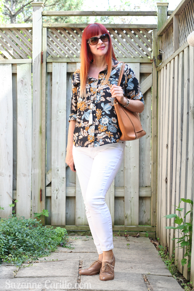 simple summer style white jeans