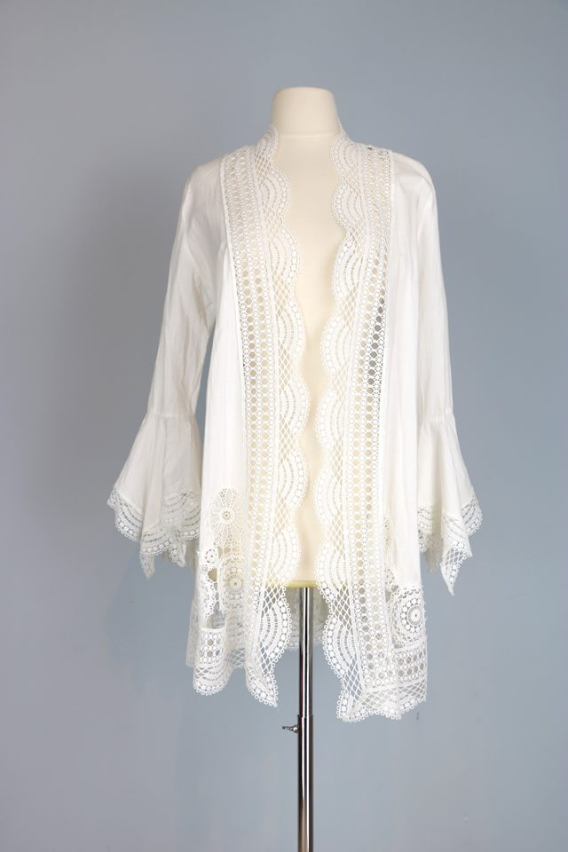 vintage 1970s white lace boho jacket with bell sleeves buy now for sale vintagebysuzanne on etsy