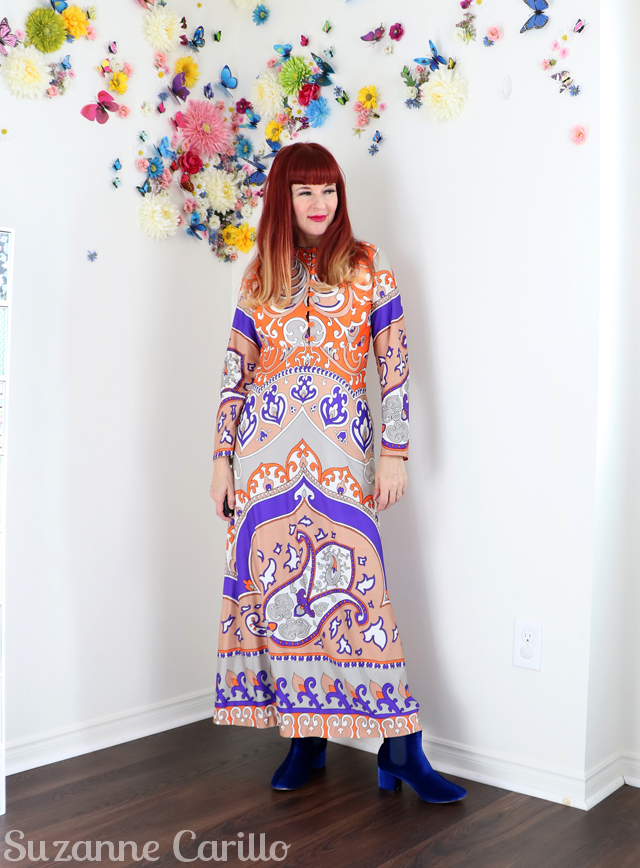 how to wear a bold print maxi dress when you are petite sm