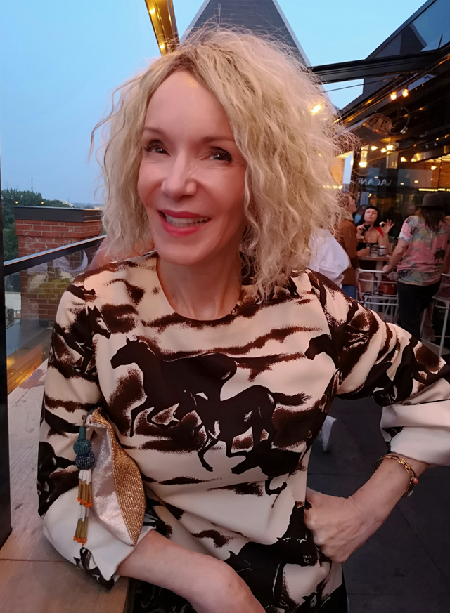 patti gibbons not dead yet style blogger over 60