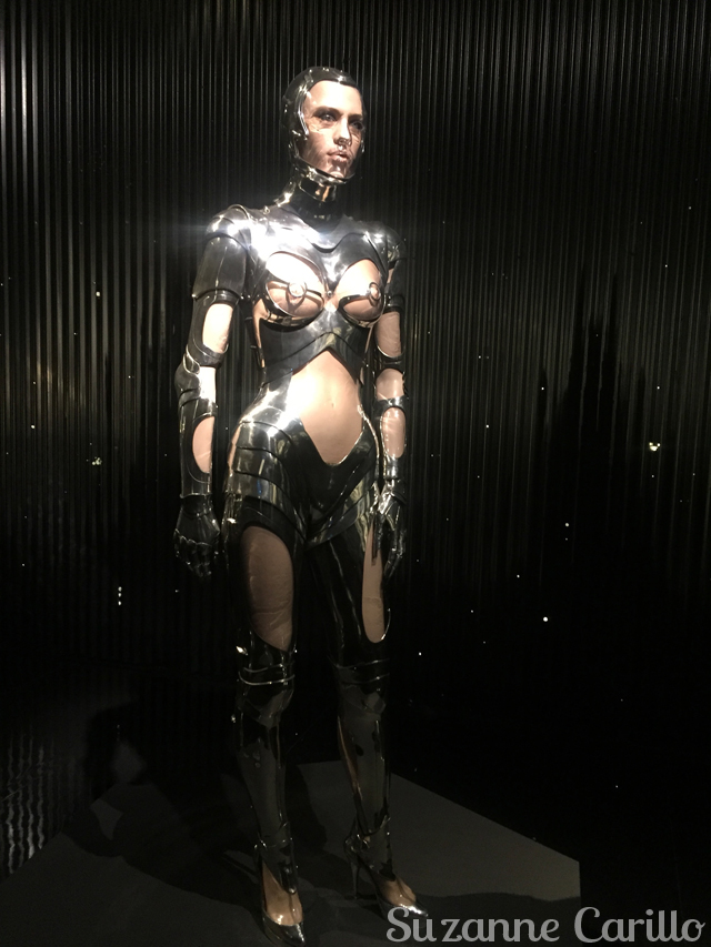 thierry mugler robot outfit