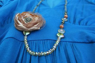 Brown_vintage_necklace