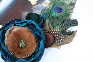 Peacock_brooch500
