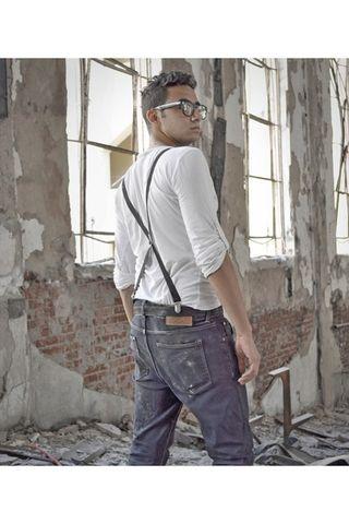 Pull-bear-jeans-topman-shirt-h-m-sunglasses_400