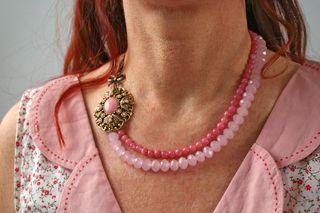 Vintage_pink_necklace_left