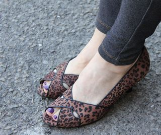 Leopard open toe shoes