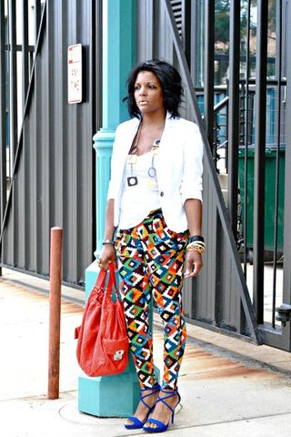 White-h-m-blazer-carrot-orange-print-pants-blue-zara-sandals_400