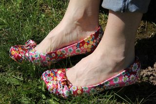 Pink_floral_shoes