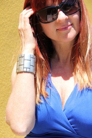 Face bracelet