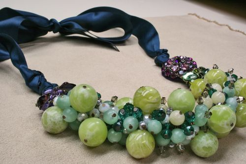 Green blue aqua beaded necklace 1000