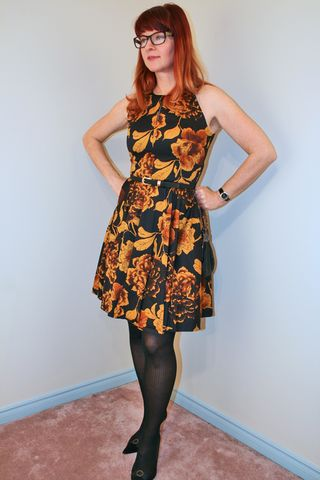 Gold yellow black modcloth dress