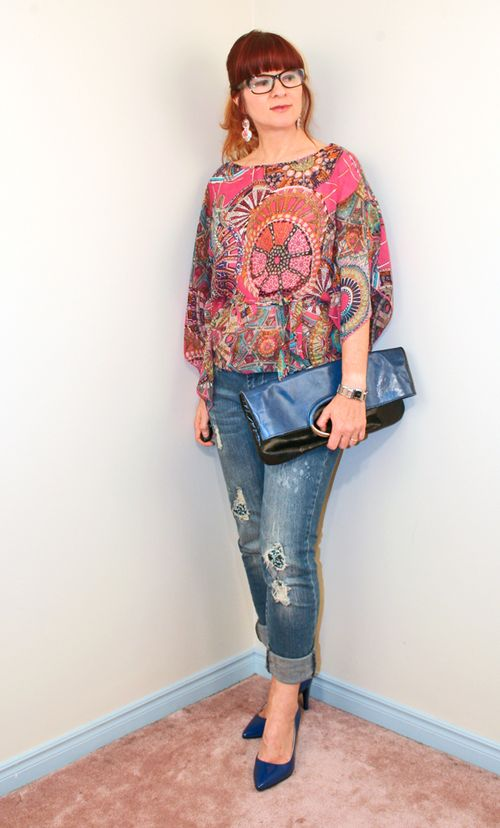 Jeans pink patterned silk blouse