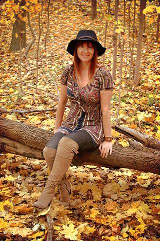 Gap hat tall boots