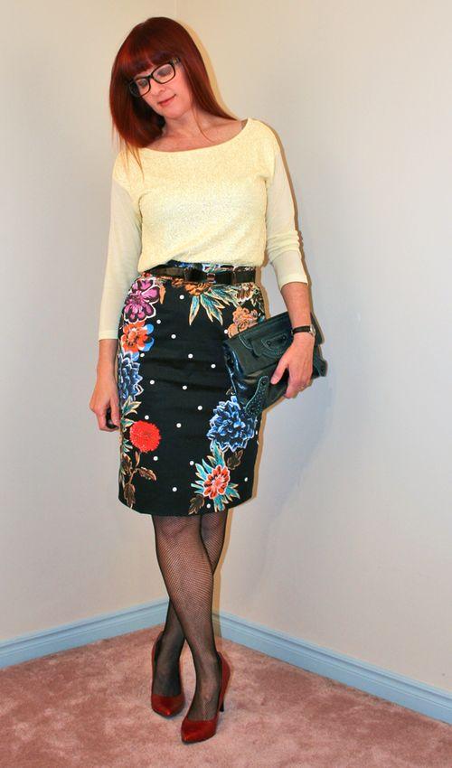 Floral anthropologie pencil skirt