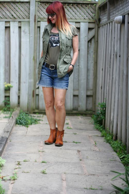 Cut off jeans for women over 40 casual summer style suzanne carillo style files