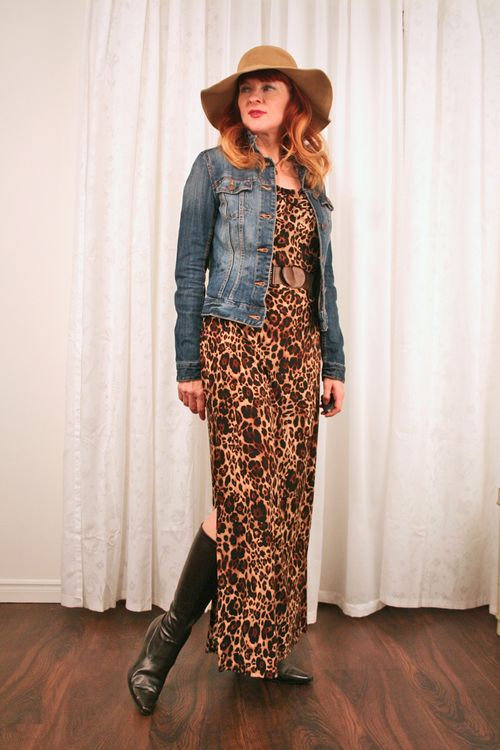 Maxi leopard dress with jean jacket