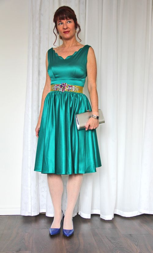 Queen of hearts teal dress
