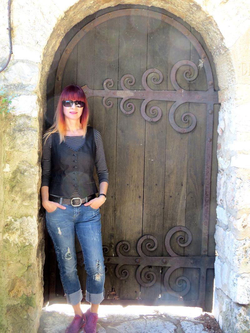 Old door sunspots nice france