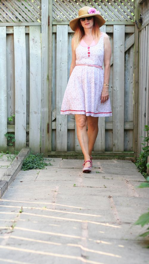 Cute patterned cotton dress for summer how to wear fit and flare suzanne carillo style files