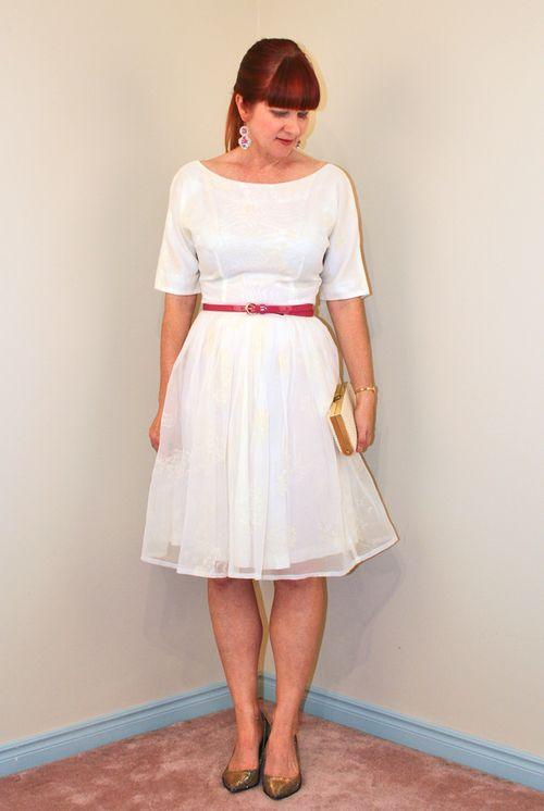 White vintage 1950 dress