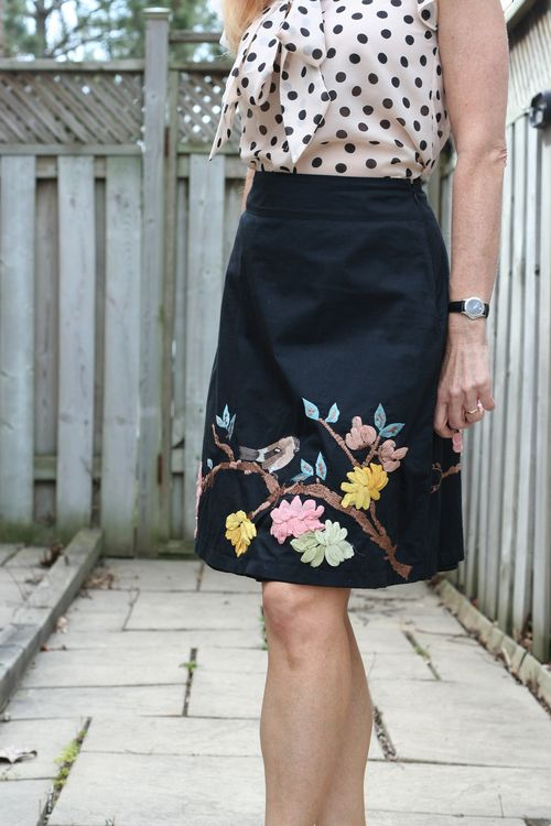 Anthroplogie a line embroidered bird skirt