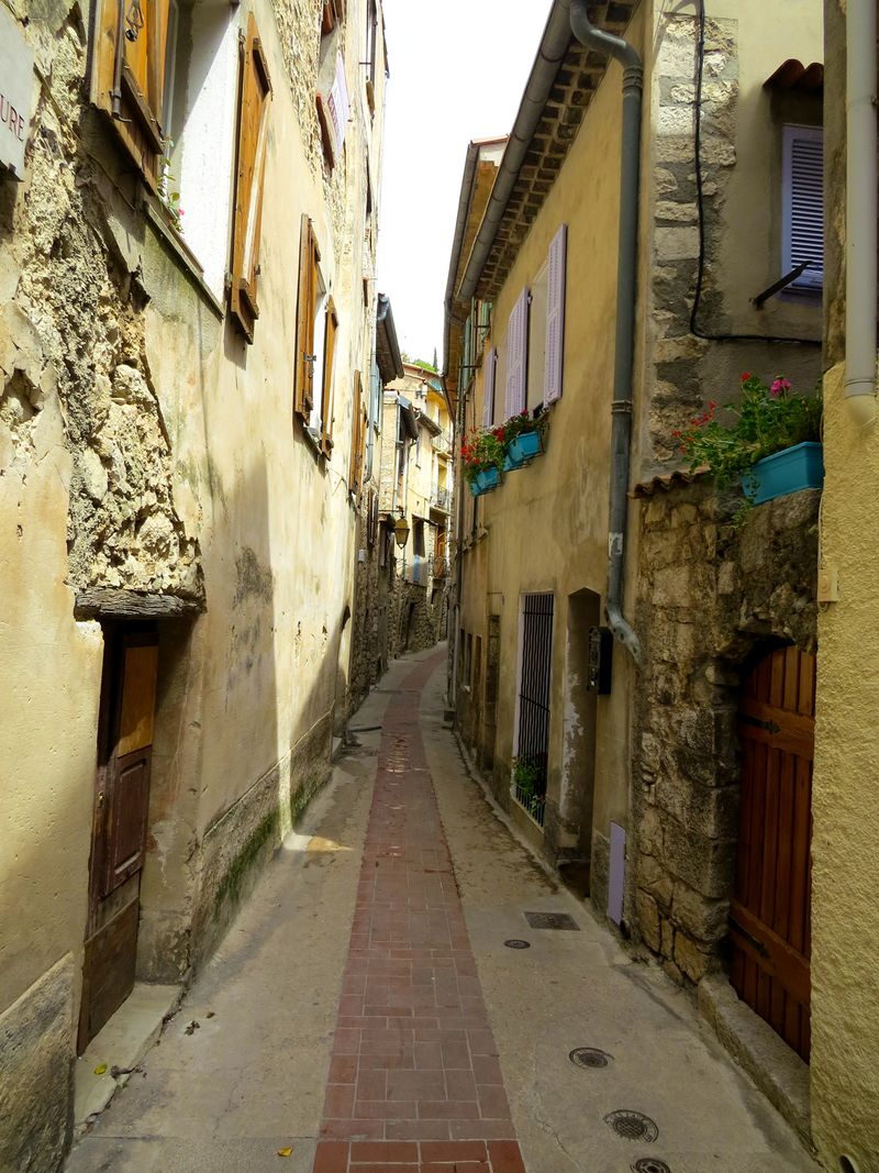 Medieval town pyrenees france suzanne carillo style files