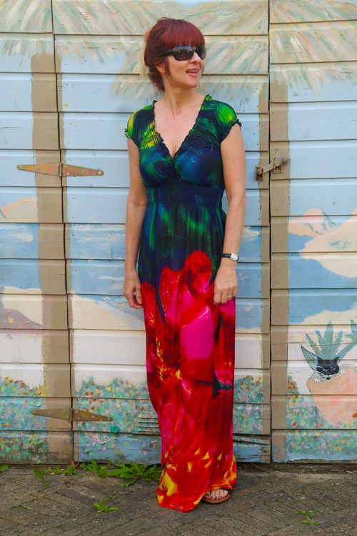 Floral maxi dress how to wear a maxi dress suzanne carillo style files
