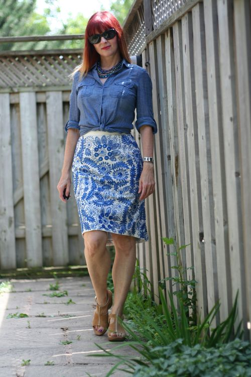 How to wear sequins during the day Bluet embroidered pencil skirt anthropologie what to wear on vacation in europe suzanne carillo style files