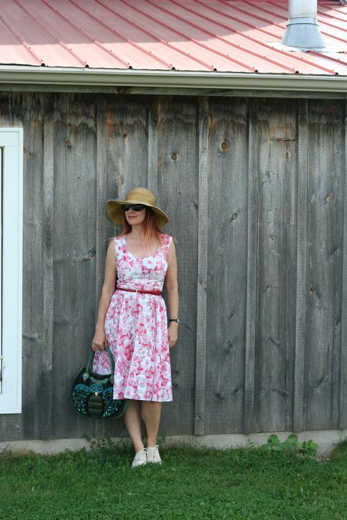 Uli richter vintage dress 1950's suzanne carillo style files how to wear vintage over 40
