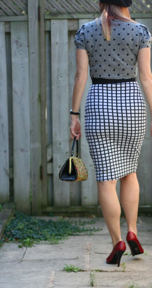 How to wear a high waisted pencil skirt suzanne carillo style files