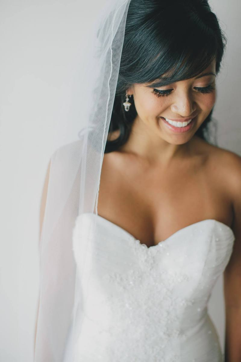 Professional wedding hair stylist and make-up artistic Cabo San Lucas