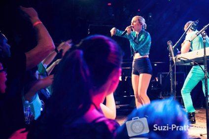 Karmin concert photography