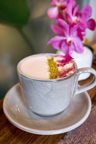 Rose Latte - Flovie Florist Cafe