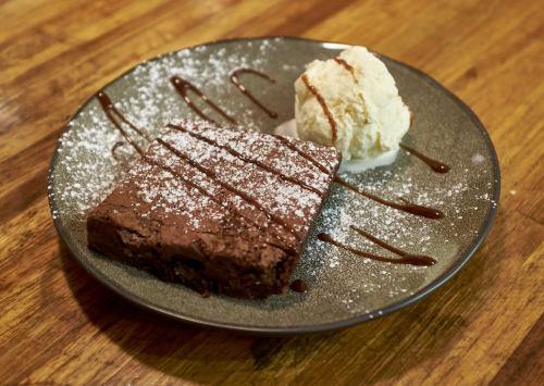 Brownie at Food Tales Ormond