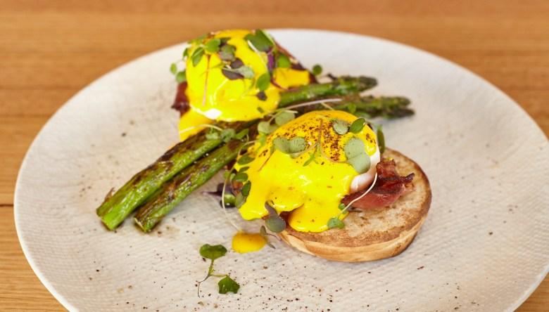 Eggs Benedict - Jack The Geezer Cafe - Middle Park
