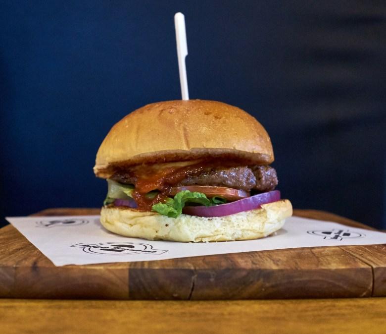 Classic Burger - Burger Basement - Pascoe Vale