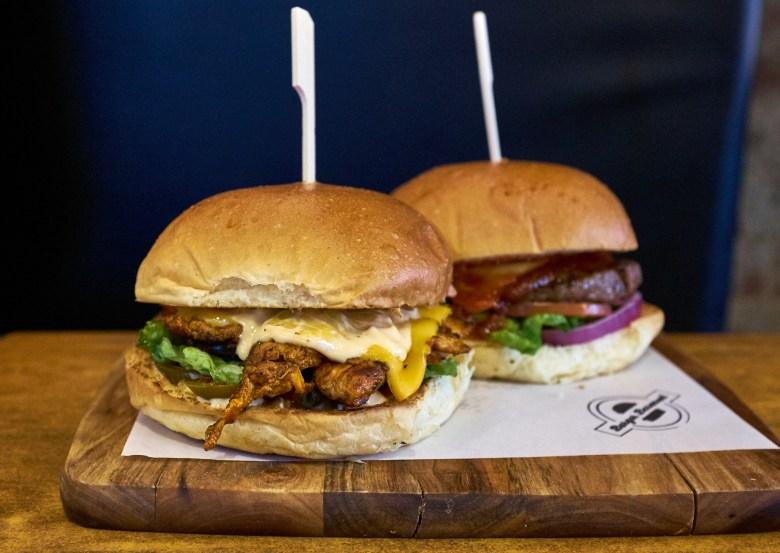 Burger Basement - Pascoe Vale - Suzie Scribbles