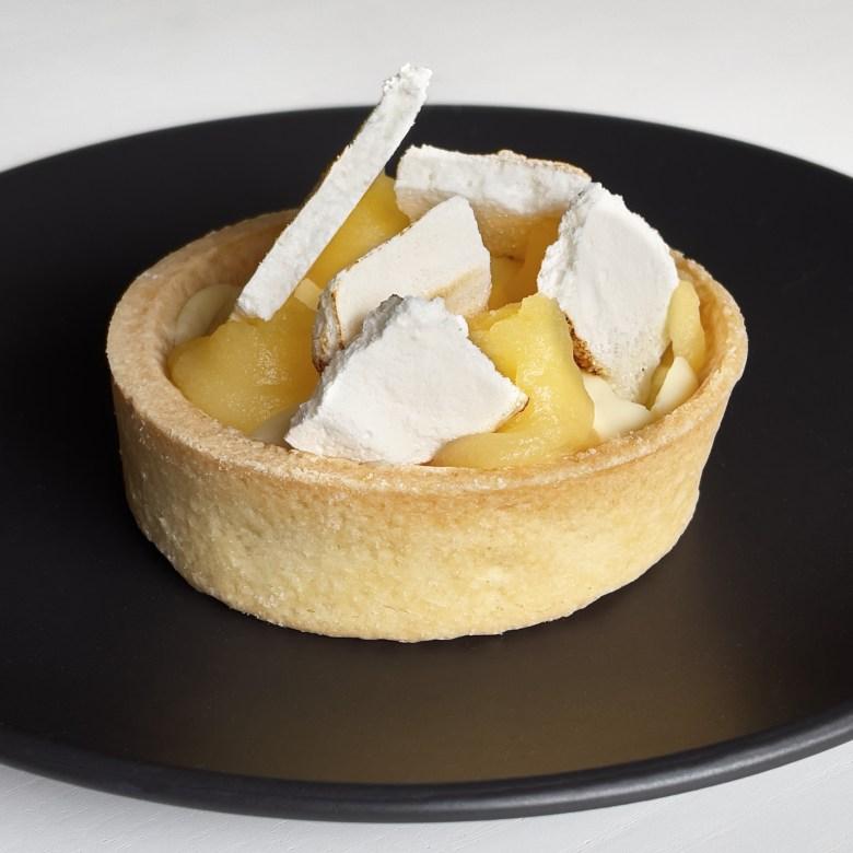 Lemon and cheese tart