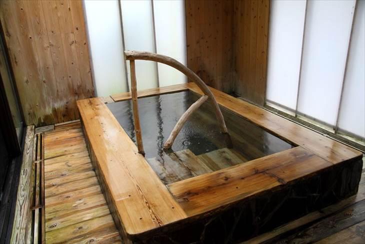 山形県 かみのやま温泉(葉山温泉) 名月荘