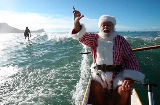 Christmas-Santa-Canoe