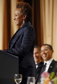 obama-laughs-at-wanda-sykes-disgusting-comments