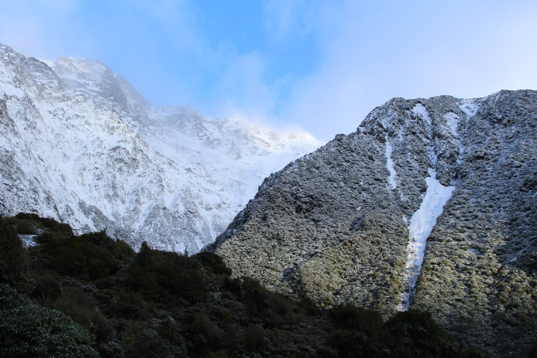 Frozen waterfalls on the Red Tarns Track. Short Walks in Aoraki/Mount Cook National Park - Get the best views of Aoraki/Mount Cook