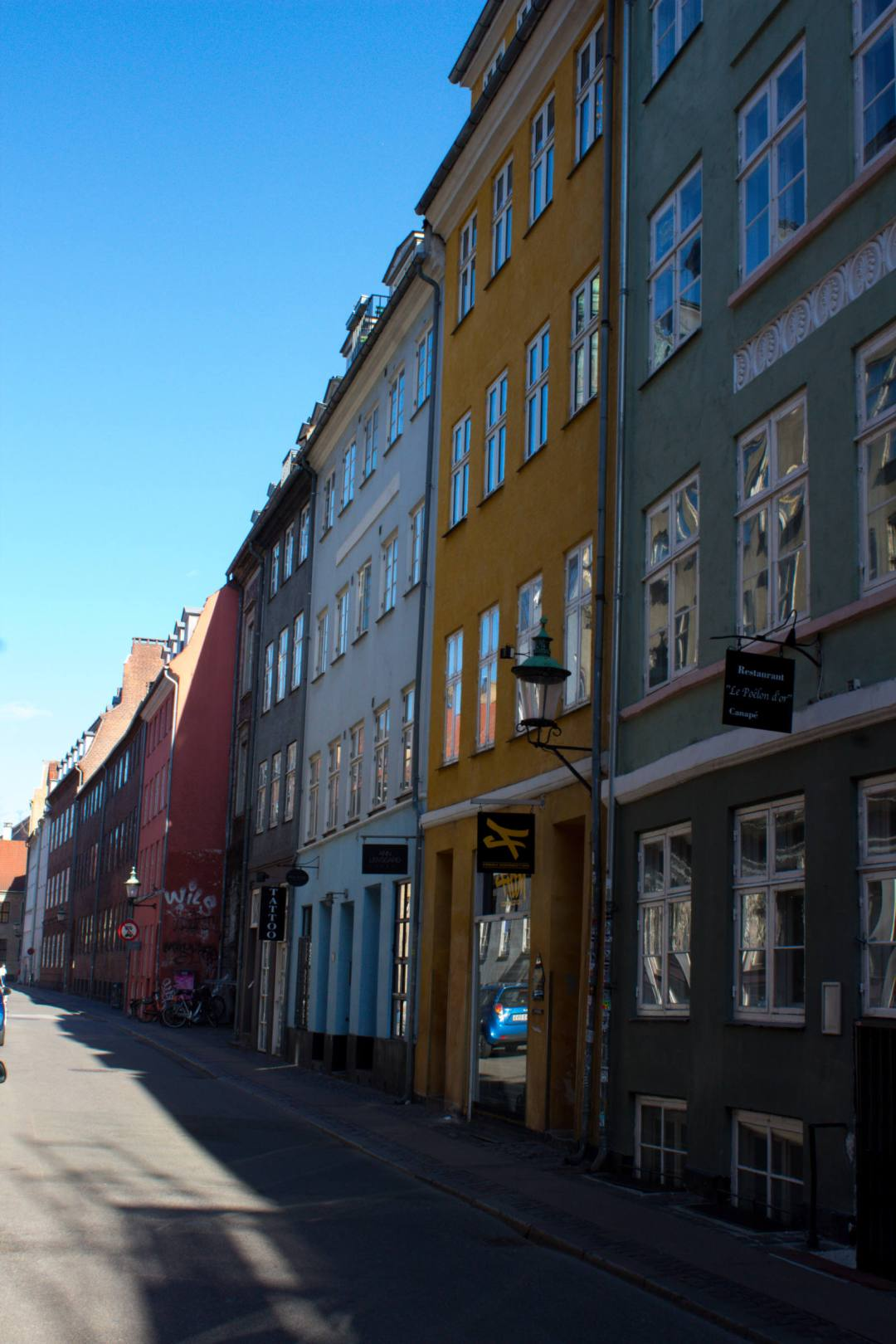 Colourful terraced buildings in Copenhagen